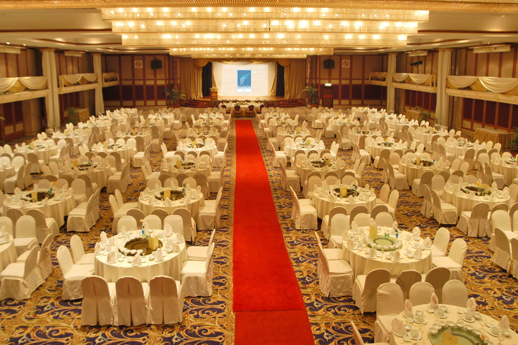 Welcome to riverside majestic hotel try us youll love it sarawak chamber banquet junglespirit Choice Image