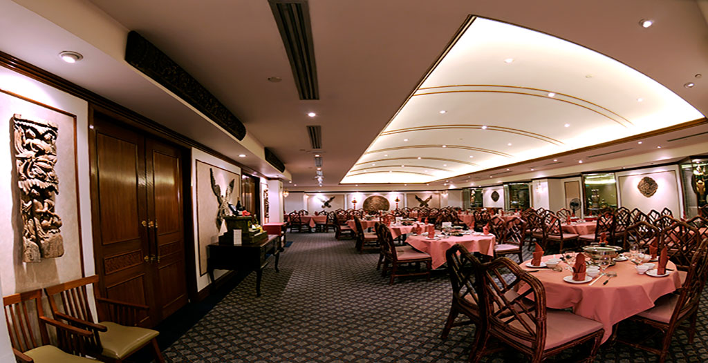 River Palace Restaurant